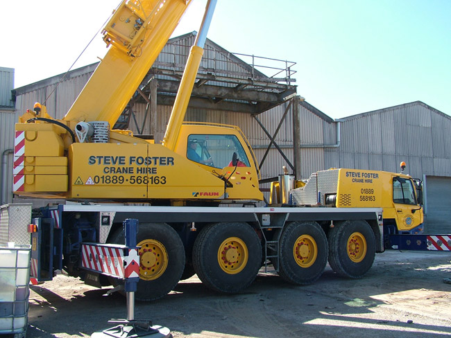 70,000 KG Mobile Site Crane Deployed to Lift out Chimney Sections and Fuel Tanks